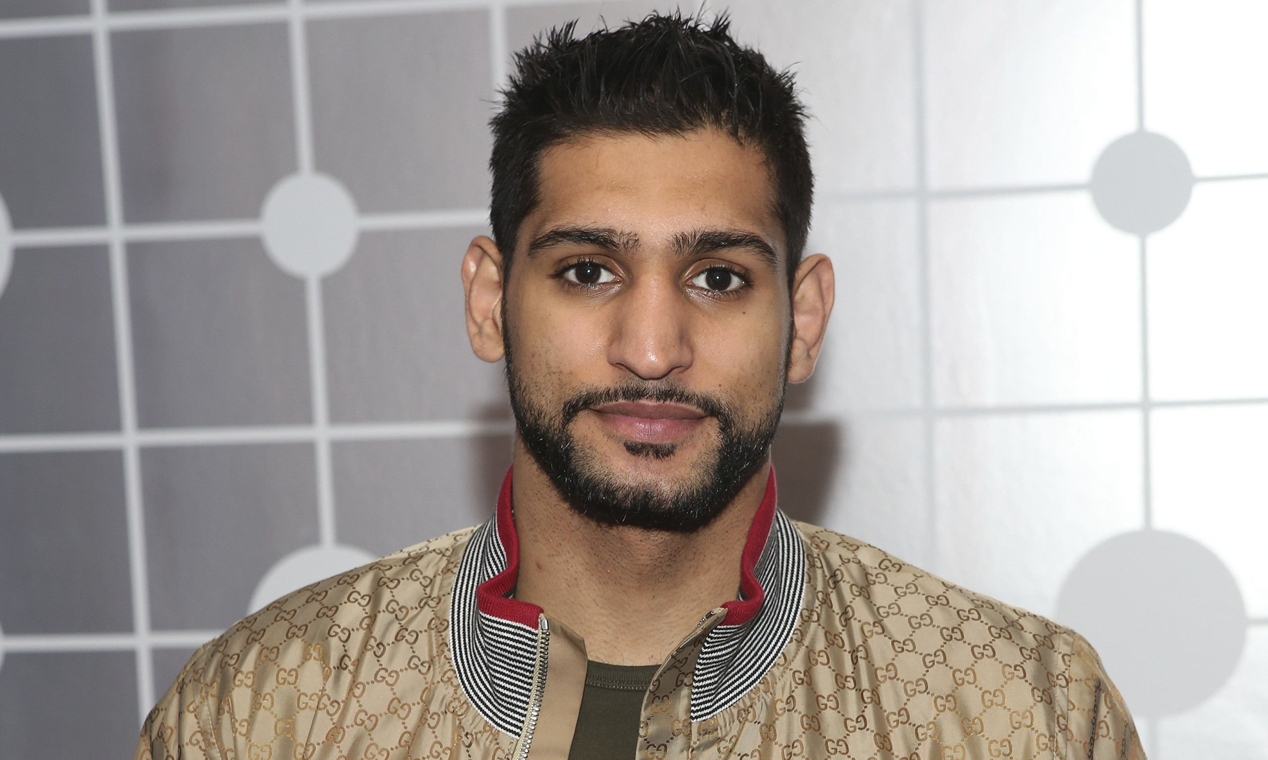 ... Amir Khan a Step Closer to Face Mayweather in September - Amir-Khan-said-of-hopes-f-014